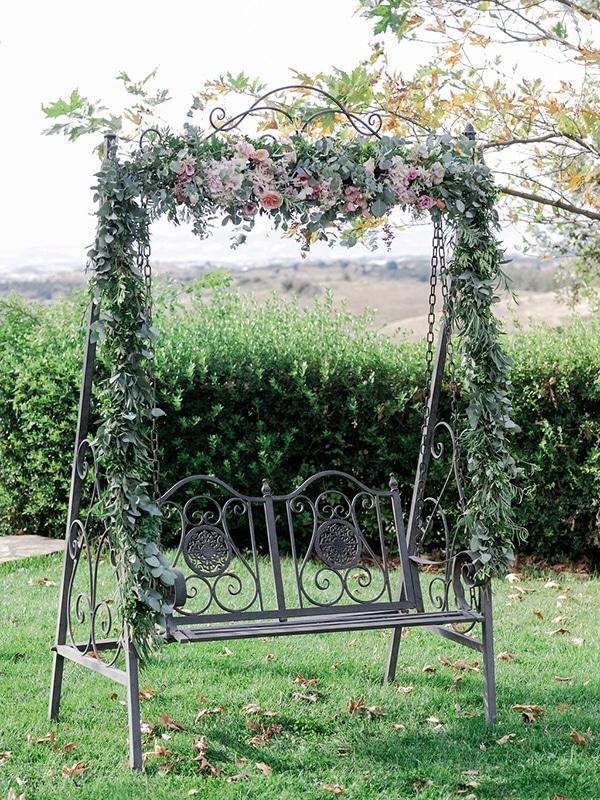 floral-girl-baptism-decoration-ideas-romantic-details-pastel-hues_19