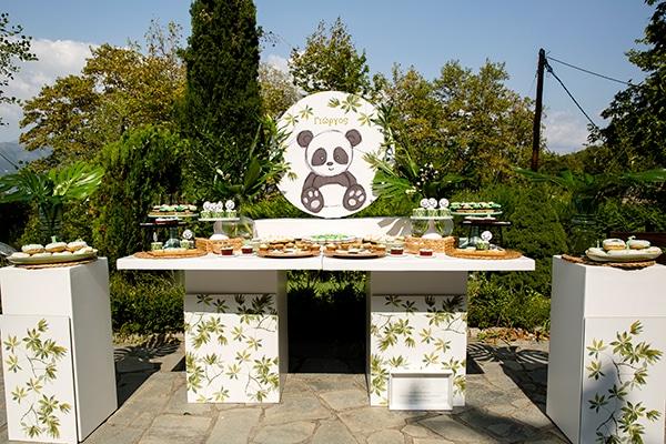 playful-boy-baptism-decoration-ideas-themed-panda_01