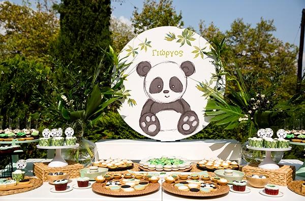 playful-boy-baptism-decoration-ideas-themed-panda_02