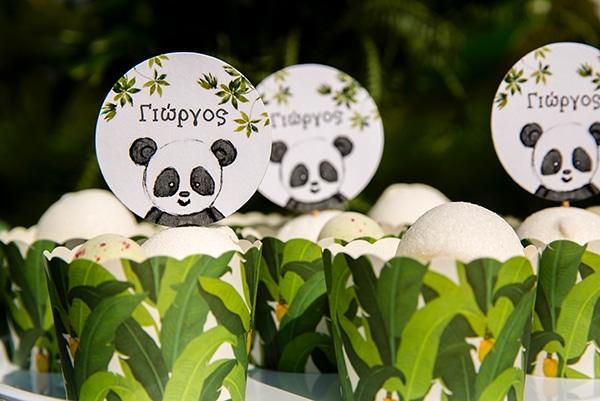 playful-boy-baptism-decoration-ideas-themed-panda_03