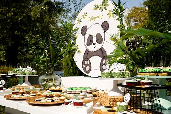playful-boy-baptism-decoration-ideas-themed-panda_08x