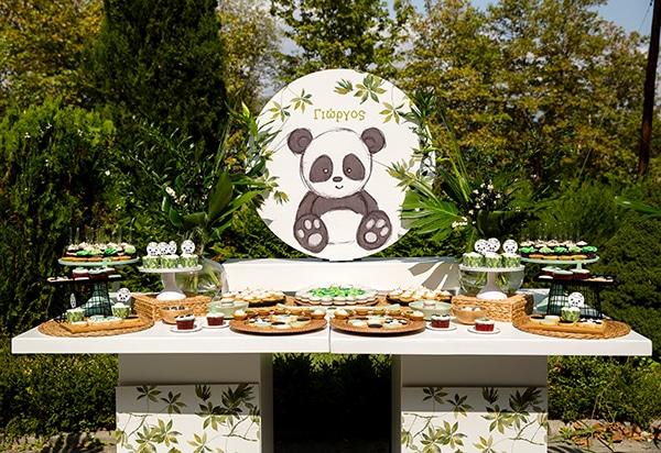 playful-boy-baptism-decoration-ideas-themed-panda_10