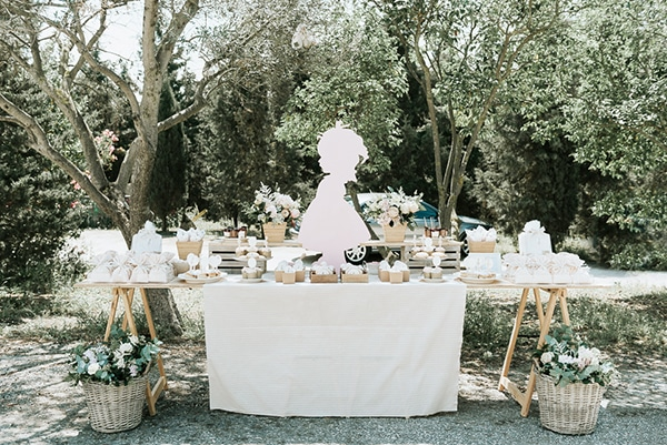 romanic-gilr-baptism-decoration-ideas-themed-little-vintage-girl_03