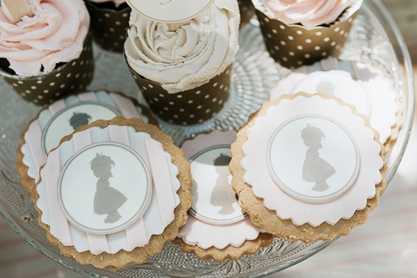 romanic-gilr-baptism-decoration-ideas-themed-little-vintage-girl_05x