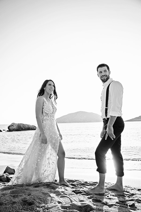 romantic-next-day-shoot-beach_06x