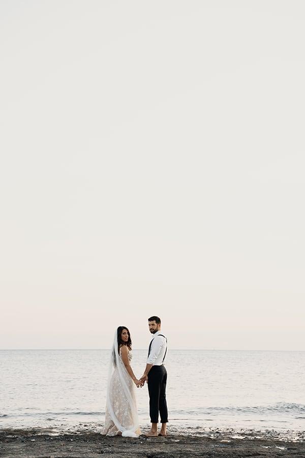 romantic-next-day-shoot-beach_07x