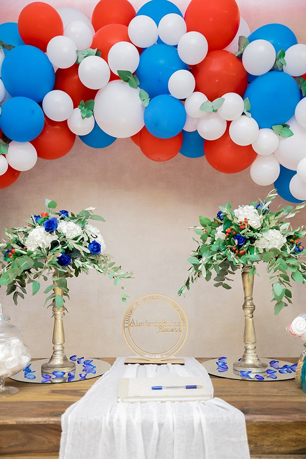 beautiful-boy-baptism-decoration-ideas-montern-details-red-blue-hues_04