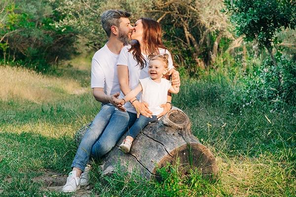 beautiful-family-shoot-tatoi-athens_06