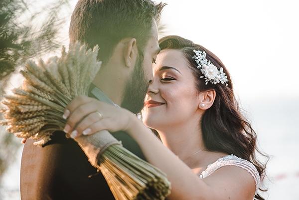 romantic-fall-wedding-thessaloniki-white-roses-grain_02