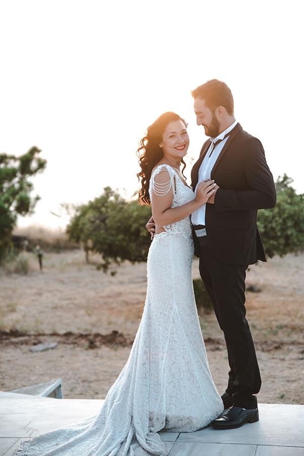 romantic-fall-wedding-thessaloniki-white-roses-grain_05