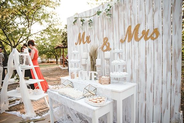 romantic-fall-wedding-thessaloniki-white-roses-grain_16