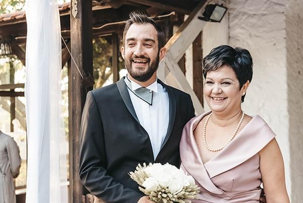romantic-fall-wedding-thessaloniki-white-roses-grain_18