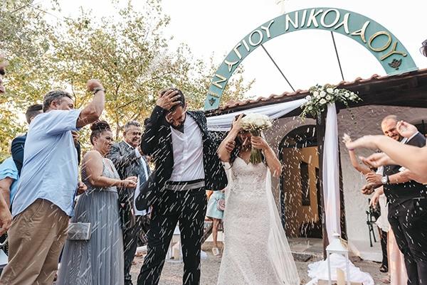 romantic-fall-wedding-thessaloniki-white-roses-grain_26