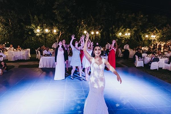 romantic-fall-wedding-thessaloniki-white-roses-grain_33