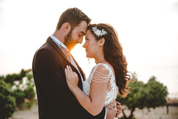 romantic-fall-wedding-thessaloniki-white-roses-grain_34