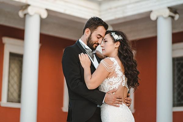 romantic-fall-wedding-thessaloniki-white-roses-grain_35