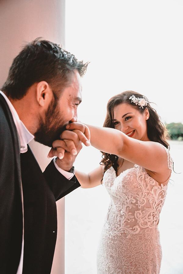 romantic-fall-wedding-thessaloniki-white-roses-grain_37