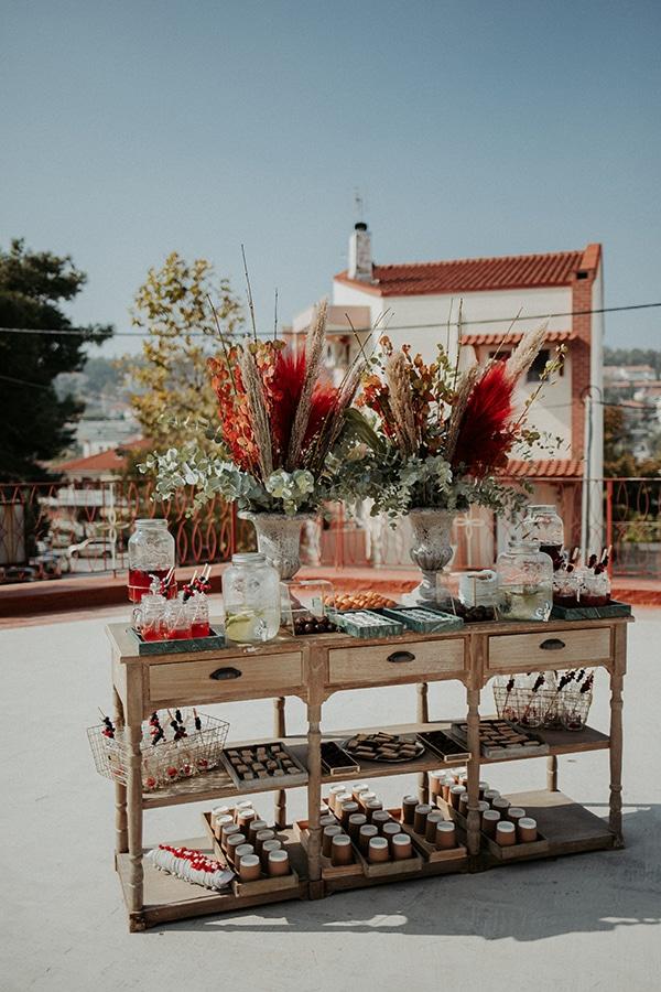 beautiful-decoration-ideas-boy-baptism-eycalyptus-wheat-unique-flowers_01x