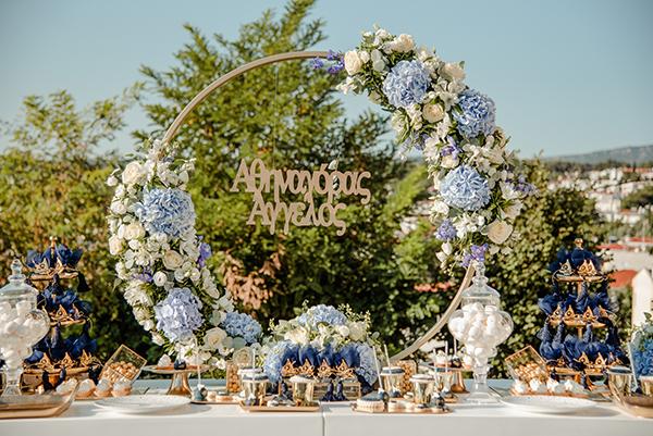 summer-boy-baptism-thessaloniki-white-roses-dusty-blue-hydrangeas_06