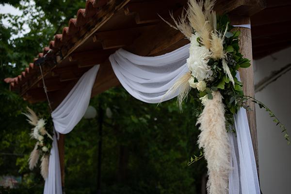 summer-wedding-larisa-beautiful-floral-design_03x