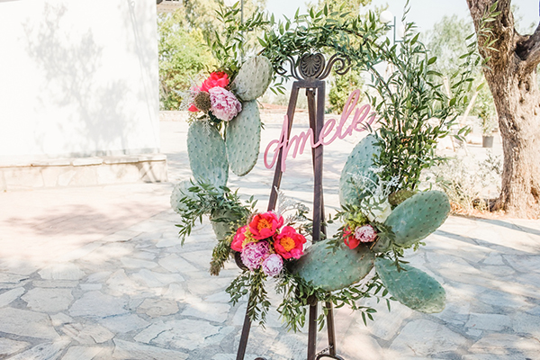 bohemian-floral-decoration-ideas-girl-baptism-cactus-themed_01