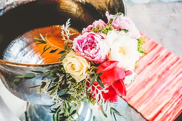 bohemian-floral-decoration-ideas-girl-baptism-cactus-themed_03