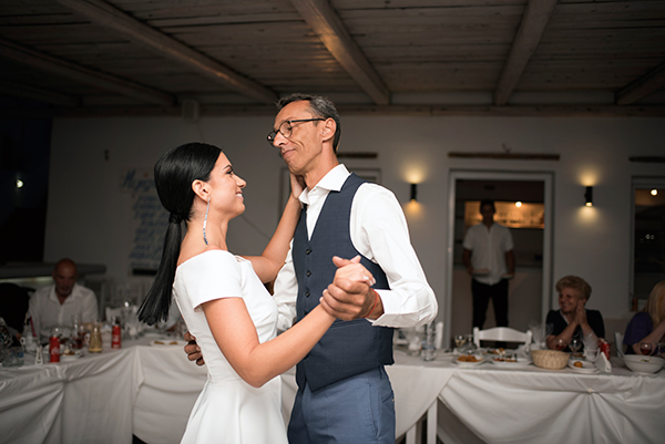 romantic-summer-wedding-kythnos-white-peonies-roses_25