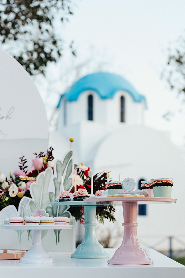 summer-ideas-baptism-girl-colorful-flowers_16