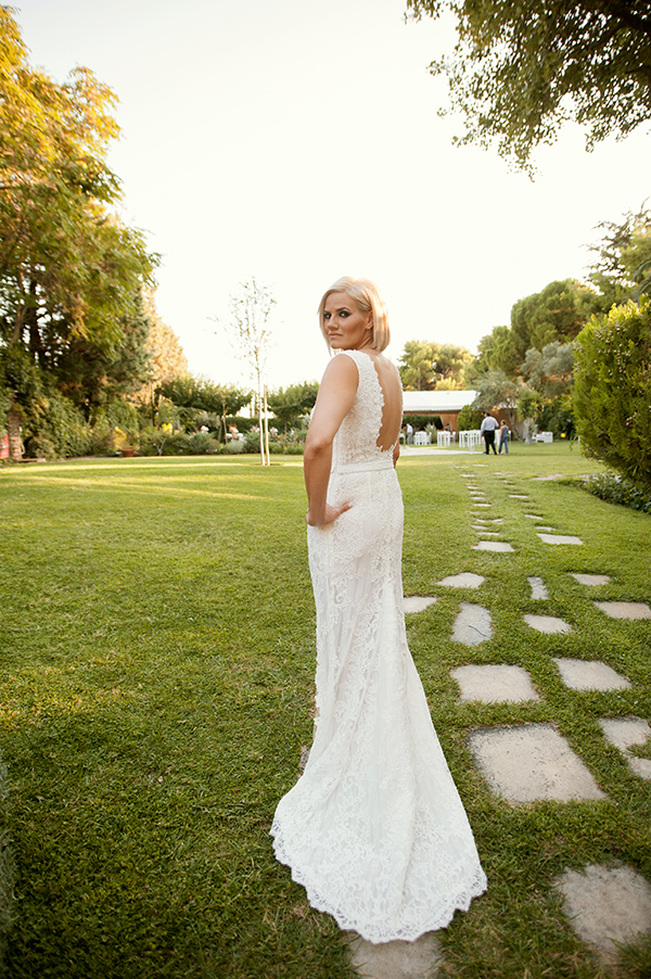 romantic-summer-wedding-athens-roses-levander_02