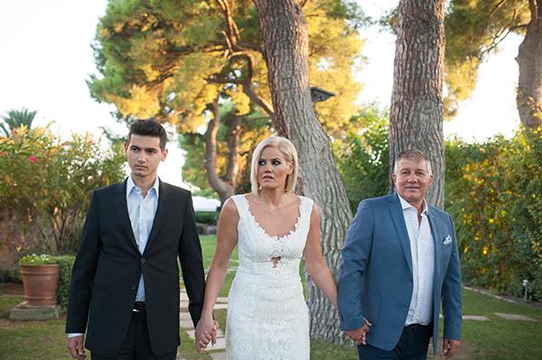 romantic-summer-wedding-athens-roses-levander_06x