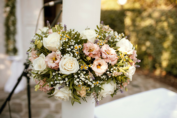 romantic-summer-wedding-athens-roses-levander_09