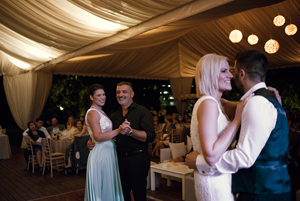 romantic-summer-wedding-athens-roses-levander_24