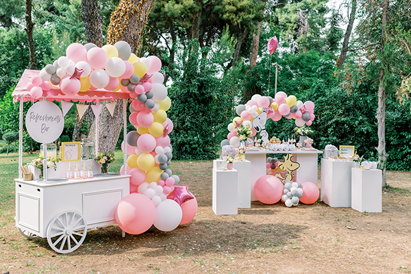 unique-girl-baptism-ideas-pink-yellow-hues-themed-snoopy_01
