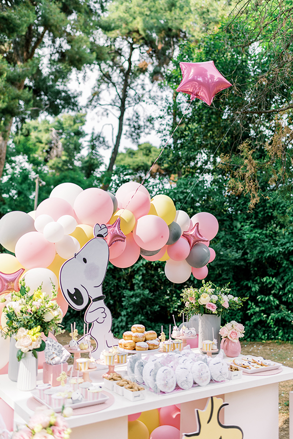 unique-girl-baptism-ideas-pink-yellow-hues-themed-snoopy_01x