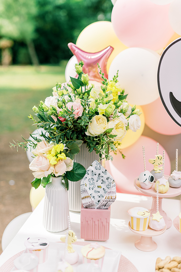 unique-girl-baptism-ideas-pink-yellow-hues-themed-snoopy_13