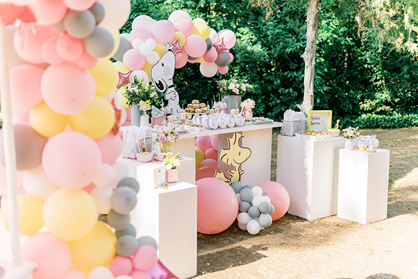 unique-girl-baptism-ideas-pink-yellow-hues-themed-snoopy_21
