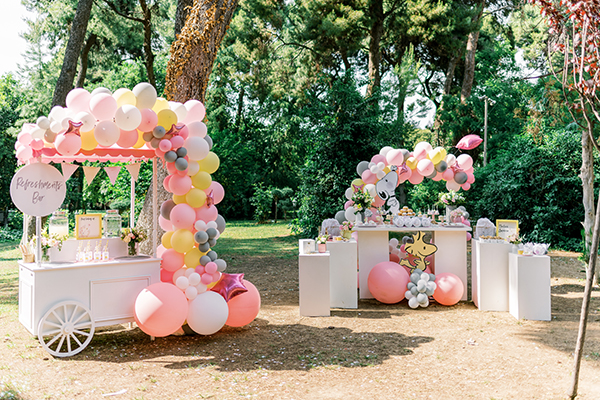 unique-girl-baptism-ideas-pink-yellow-hues-themed-snoopy_23